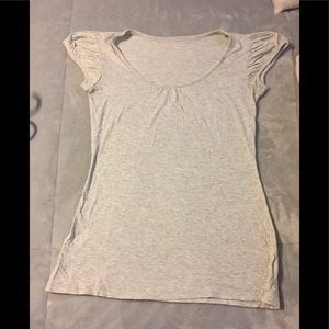 Woman's gap body tee shirt size medium